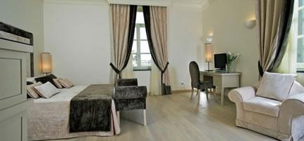 Hotel Palazzo Decumani - Naples