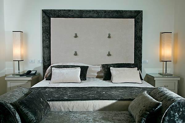 Hotel palazzo decumani napoli dormire nel centro storico - Grandezza letto matrimoniale ...